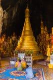 在Pindaya洞的Buddhas,缅甸 免版税库存照片