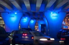 在pipera桥梁下在夜之前 库存图片