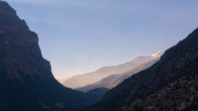 在pisang谷的日落在annapurna电路 库存照片