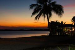 在Playa Larga海滩,猪海湾,马坦萨斯, Cub的美好的日落 免版税图库摄影