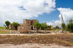 在polis附近使塞浦路斯latchi靠岸 免版税图库摄影