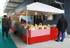 在Pollice Verde的乳酪摊位 库存照片