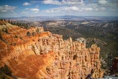 在Ponderosa点的红色岩石不祥之物在布莱斯峡谷国家公园,犹他 免版税图库摄影