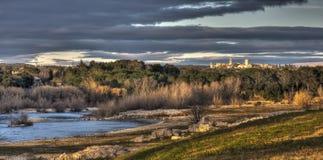 在Pont du加尔省附近的日落 库存图片