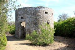 在Populonia,意大利考古学Parc的老磨房  图库摄影