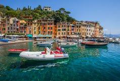 在Portofino港口II的小船 图库摄影