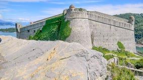在Portovenere的多利亚城堡,在五乡地附近,拉斯佩齐亚,意大利 图库摄影