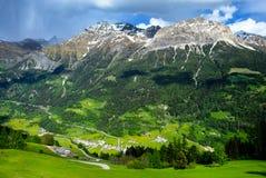 在Poschiavo,瑞士附近的瑞士阿尔卑斯 库存图片