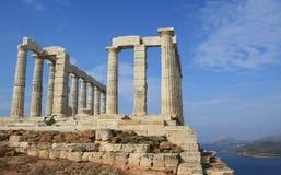 在poseidon寺庙附近的雅典希腊 库存照片