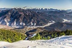 在Postavarul,布拉索夫,特兰西瓦尼亚,罗马尼亚的滑雪场 免版税库存照片