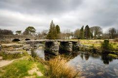 拍板桥梁在Darmoor,德文郡 免版税库存图片