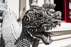 在Pra塔德土井桐树寺庙的生物雕象 库存图片