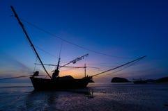 在Pranburi的日出山姆Roi Yod海滩的 图库摄影