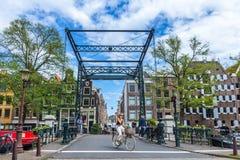 在Prinsengracht的阿姆斯特丹桥梁 图库摄影