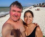 在Progreso海滩的假期Selfie在尤加坦墨西哥 免版税库存照片