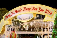 在Promanade百货商店的圣诞节装饰 库存照片