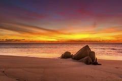 在Promthep海角的日落在普吉岛 库存图片