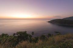 在Promthep海角,普吉岛的日落 库存照片