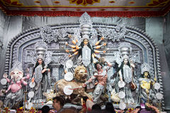 在Puja Pandal,杜尔加Puja节日的杜尔加神象 图库摄影