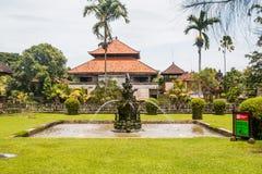 在Pura塔曼阿云寺的喷泉 库存图片