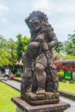 在Pura塔曼阿云寺的大雕象 免版税图库摄影
