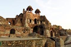 在Purana Qila,新德里的Humayun Darwaza内部 免版税库存照片