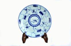 在qing的朝代的中国蓝色和白色瓷 免版税库存图片