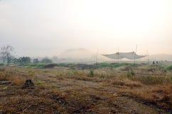 在Qingming节日时间的中国坟墓在Ratchaburi泰国 库存图片