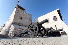 在Ras Al Khaimah的博物馆的老枪 免版税库存照片