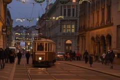 在Rasinova街道的老历史电车在布尔诺 免版税图库摄影