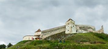 在rasnov视图之外的城堡 库存图片