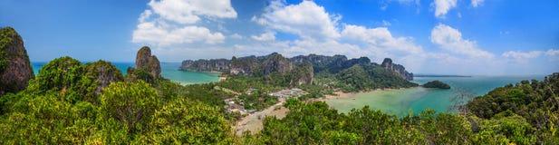 在Rayleighs半岛,甲米府,泰国的全景风景 免版税库存照片