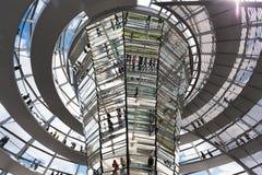 在Reichstag的现代圆顶 免版税库存照片