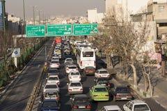在Resalat高速公路的早晨交通 免版税库存图片