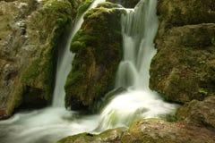 在Rhodopes山的Bachkovo瀑布 库存图片