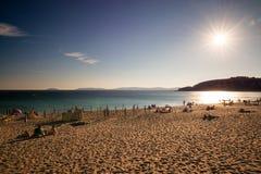 在Rias拜克萨的蒙塔尔沃海滩在黄昏的蓬特韦德拉 免版税库存图片