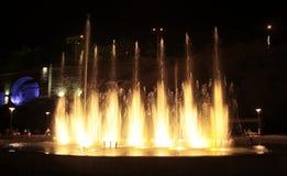 在Rike的唱歌喷泉在晚上摆正第比利斯 库存照片