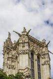 在Rivoli街道的52 m圣徒Jacques塔。 巴黎。 免版税库存图片