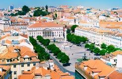 在Rossio广场,里斯本的地平线视图 库存图片