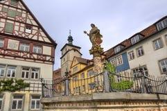 在Rothenburg ob der陶伯,德国的雕象 免版税库存图片