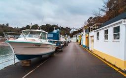 在Rozel港口,泽西,海峡群岛,英国,欧洲的小船 库存照片