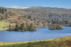 在Rydal水在湖区, Cumbria,英国的冬天 免版税库存照片
