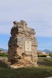 在S附近大教堂的罗马坟墓  Pelino 免版税库存图片