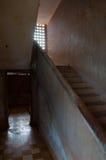 在S21 Tuol Sleng的台阶在金边 库存照片