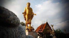 在Sa ha Dham Ma Wat Ram的大菩萨雕象 库存图片