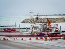 在saaidia港口的小船 免版税库存照片