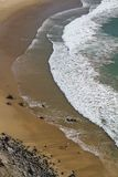 在Sagres的美丽的海滩 免版税库存图片