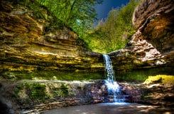 在Saharna的吉普赛孔瀑布,摩尔多瓦 图库摄影