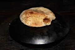 在Saj的黎巴嫩面包 免版税图库摄影