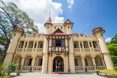 在Sanamchandra宫殿的Chaleemongkolasana住所 图库摄影